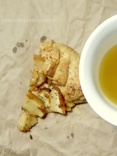 Ciasto i zielona herbata