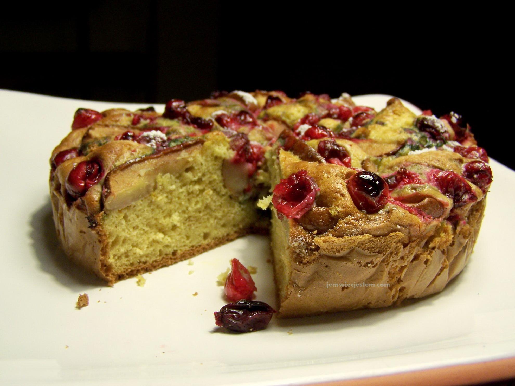 Imbirowe Ciasto Do Kawy Z Jesiennymi Owocami Jem Wiec Jestem