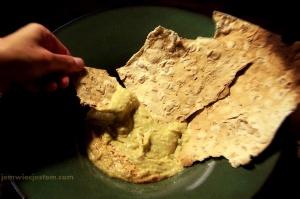 hummus lavash