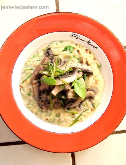 06 24 12 spinach portabella polenta (2) JWJ