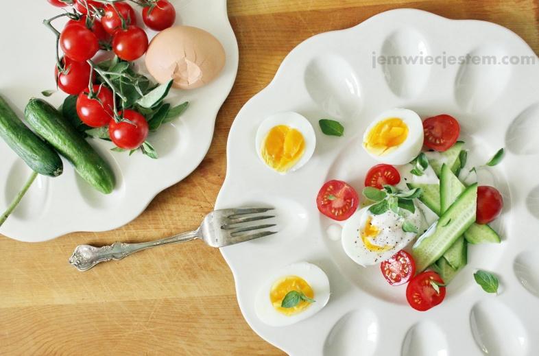 04 17 14 egg oregano tomato cucumber salad (2) JWJ