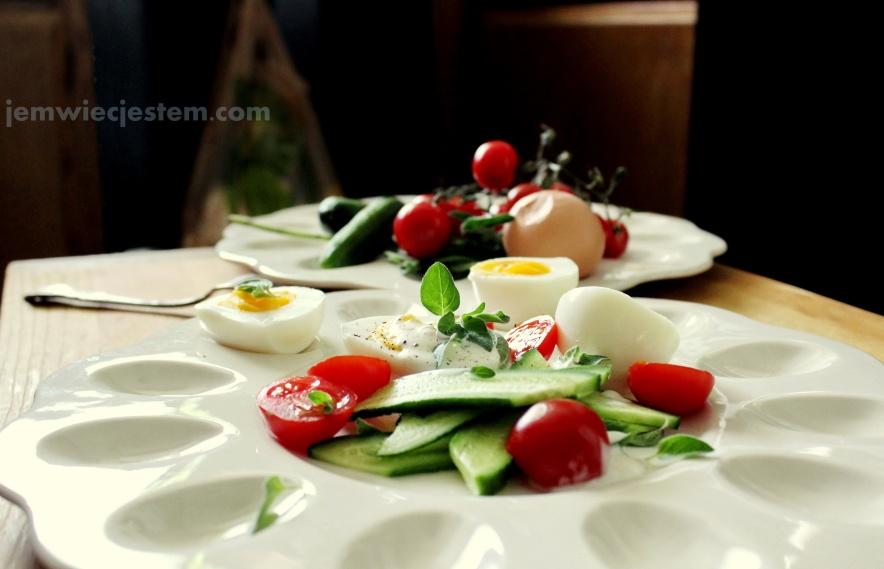 04 17 14 egg oregano tomato cucumber salad (9a) JWJ