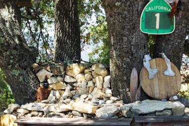 Mauzoleum zadedykowane przedwcześnie zmarłemu synowi właścicieli rancha Dubost