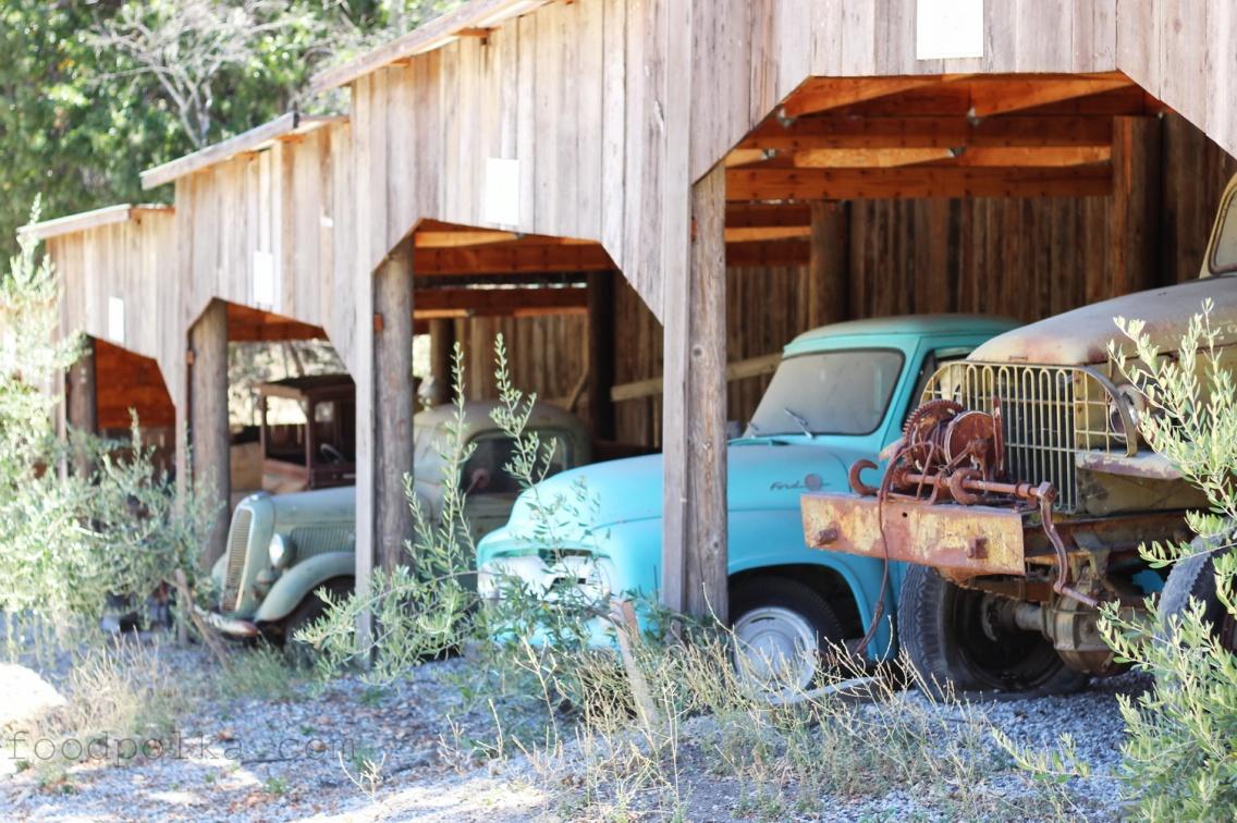 Pojazdy z różnej epoki